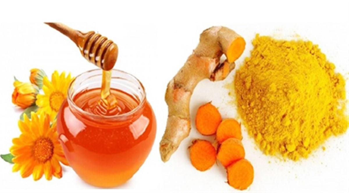 خاصیت درمانی عسل و زردچوبه